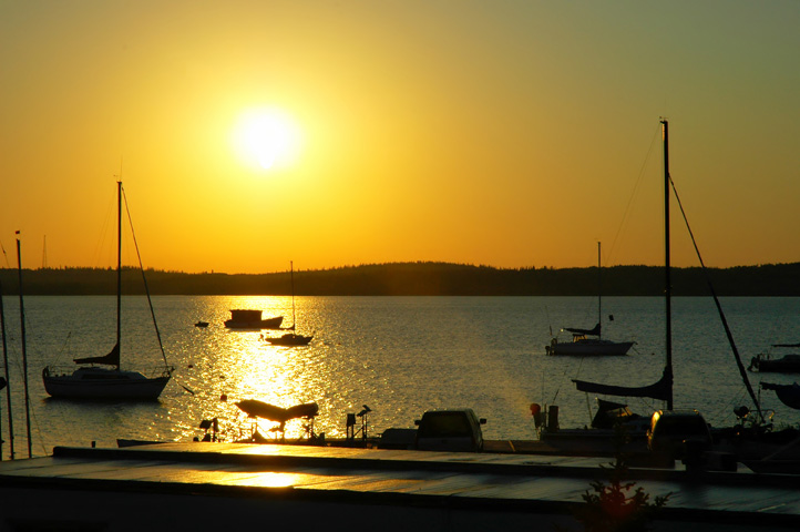 boats_sunset