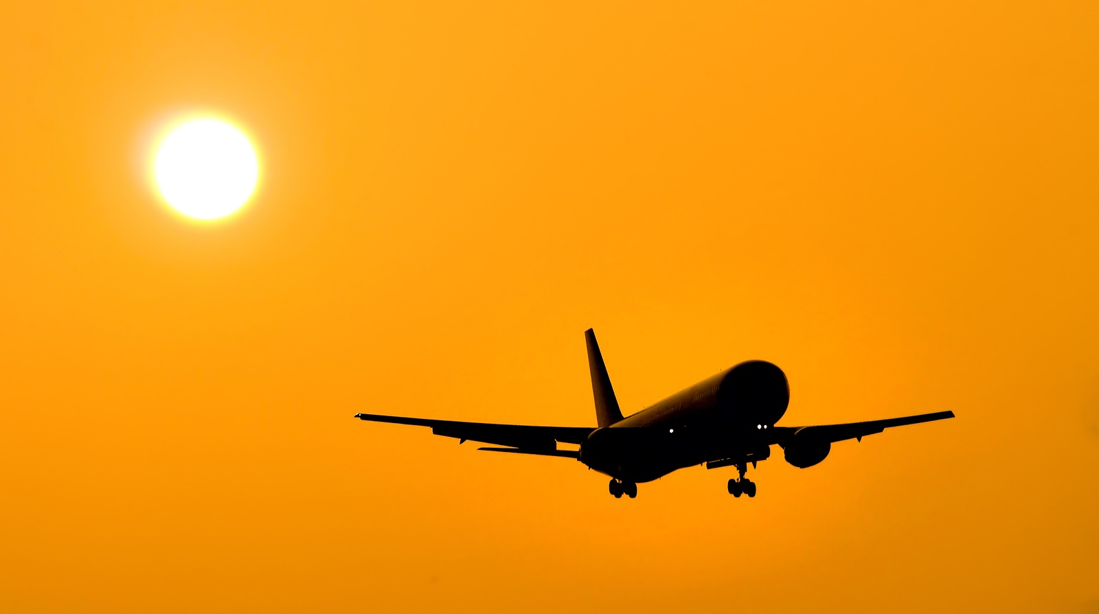 bigstockphoto_Aircraft_Landing_229370